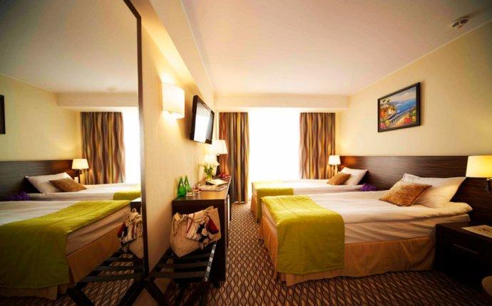 Гостиницы и отели в Сочи на берегу моря с бассейном