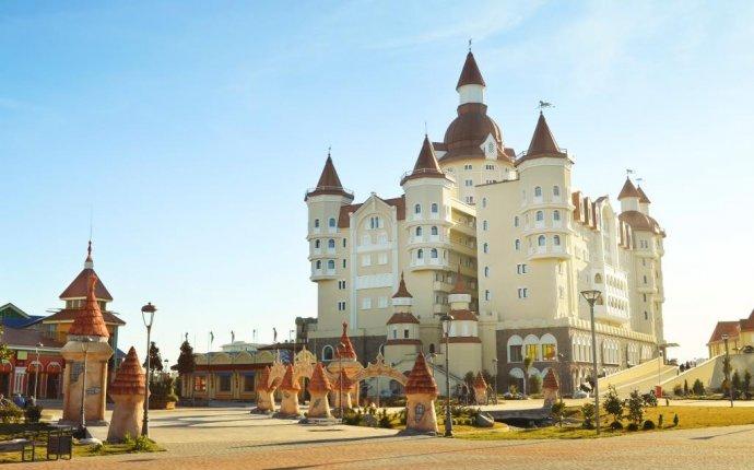 Отель Богатырь (Bogatyr ) 4*, Адлер, Россия - туры, цены в отель 4